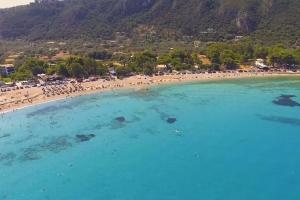 Lefkada Agios Ioannis Beach